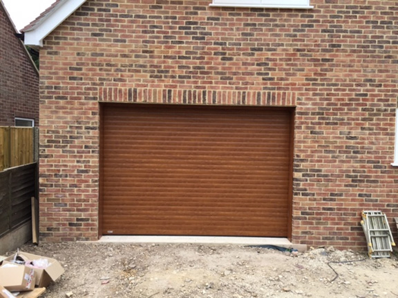 electric-roller-door-golden-oak